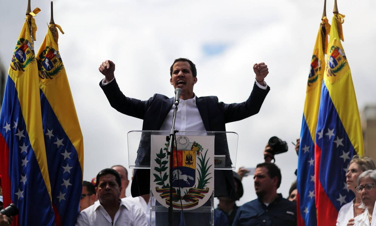 Βενεζουέλα: Ο Τραμπ «ακυρώνει» τον Μαδούρο - Αναγνωρίζει τον ηγέτη της αντιπολίτευσης ως πρόεδρο