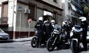 Βύρωνας: 42χρονος κακοποιός συνελήφθη επί τω έργω - Είχε κάνει δεκάδες διαρρήξεις και κλοπές