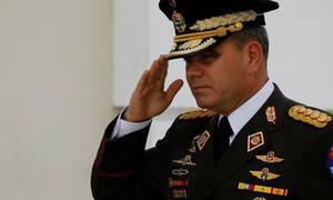 Υπουργός Άμυνας Βενεζουέλας: Ο στρατός δεν αναγνωρίζει τον Γκουαϊδό για πρόεδρο της χώρας