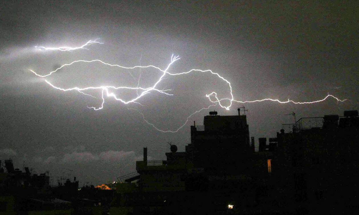 Έκτακτο δελτίο ΕΜΥ: Σαρώνει τη χώρα ο «Φοίβος» - Συνεχίζονται και σήμερα τα ακραία φαινόμενα (pics)