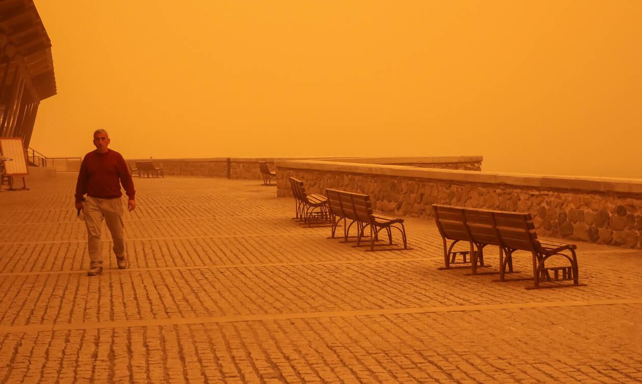 Αφρικανική σκόνη «πνίγει» την Κρήτη (pics)
