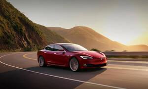 Η δημιουργική λογιστική και οι 3.000 εργαζόμενοι στην Tesla που θα απολυθούν