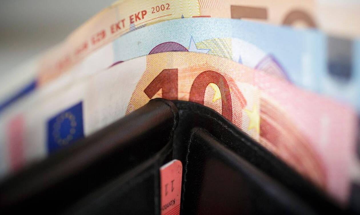 Οι δανειστές παγώνουν τις 120 δόσεις για χρέη σε εφορία και τράπεζες