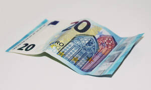 Προσοχή στα χαρτονομίσματα των 20 και 50 ευρώ!