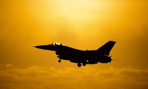 Ανατριχίλα: Ένα βίντεο - αφιέρωμα σε δύο Έλληνες ήρωες πιλότους που «έφυγαν» (vid)