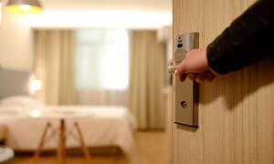 Θεσσαλονίκη: Μπήκαν στο δωμάτιο του ξενοδοχείου κι ακολούθησε ο χειρότερος εφιάλτης τους