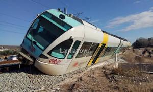 Εκτροχιάστηκε τρένο στο Λιανοκλάδι (pics)