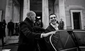 Η Ελλάδα κλαίει για τη Μακεδονία και ο Τσίπρας αισιοδοξεί: «Ιστορική χρονιά το 2019»