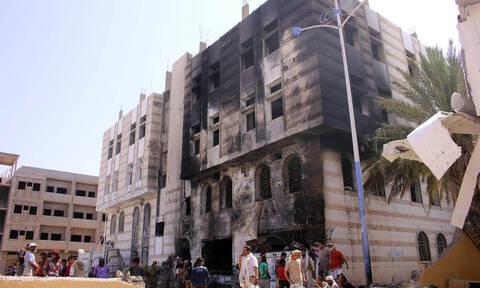 Υεμένη: Οκτώ νεκροί και 30 τραυματίες σε βομβαρδισμό καταυλισμού εκτοπισμένων