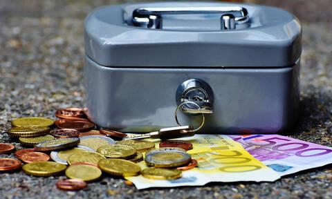Ρύθμιση 120 δόσεων: Έχετε χρέη στα Ταμεία; Ποιοι θα δουν «κούρεμα» έως και 70% (πίνακας)