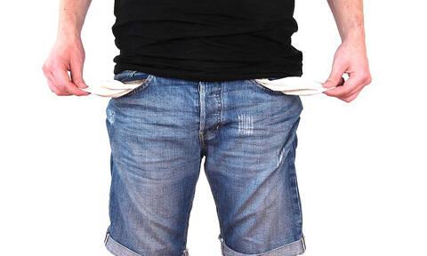 Κατώτατος μισθός: Δεν υπάρχει όριο στην επικοινωνιακή απάτη