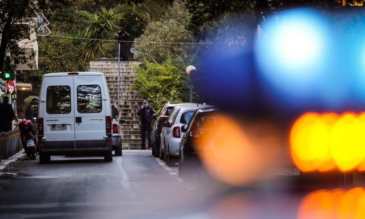 Άγρια δολοφονία στην Καρδίτσα: Σκότωσε με μαχαίρι τη σύζυγό του