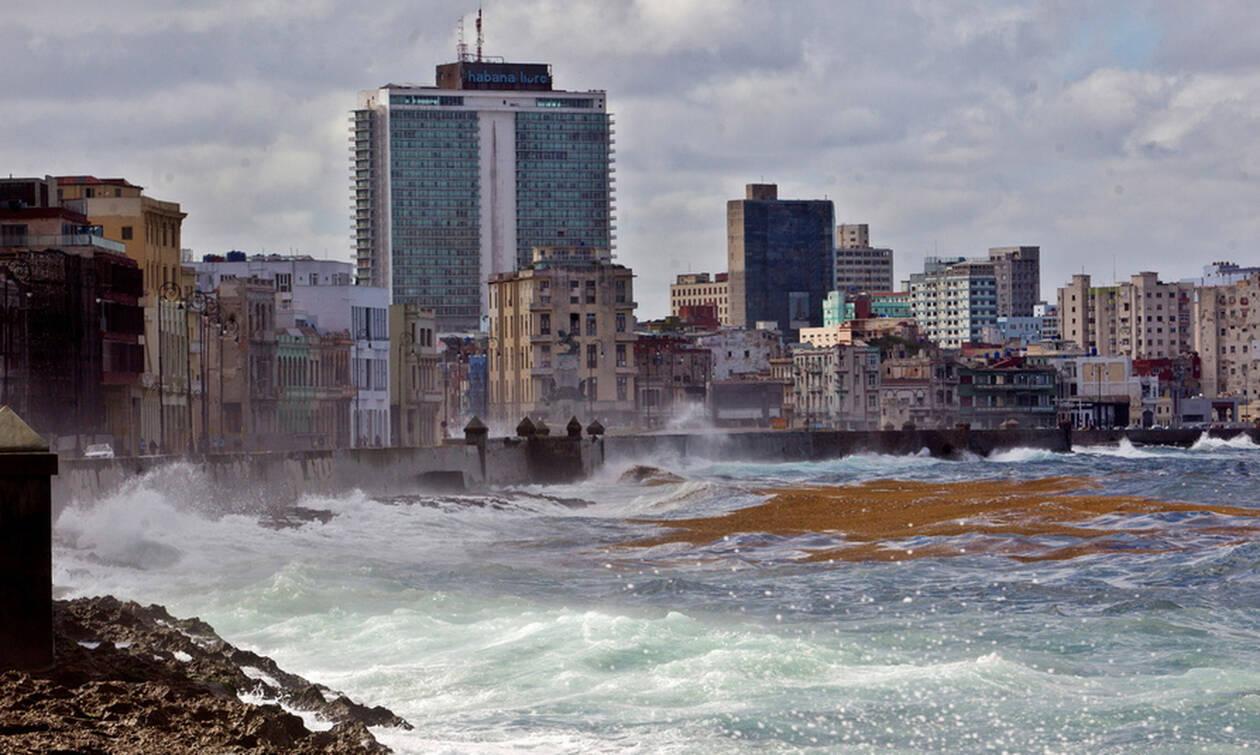 Κούβα: Χάος στην Αβάνα - Τουλάχιστον τρεις νεκροί και δεκάδες τραυματίες από ανεμοστρόβιλο (pics)