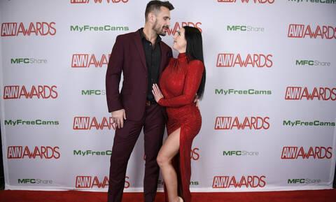 AVN Awards: Σάρωσε τα Όσκαρ του πορνό η Angela White (pics&vids)