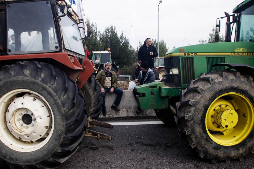 Σε μαζικές αγροτικές κινητοποιήσεις καλούν οι αγρότες της Θεσσαλίας