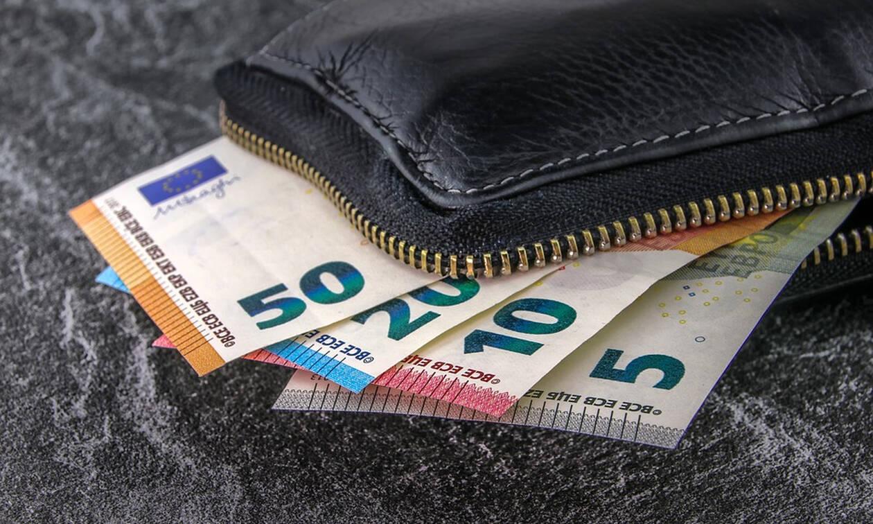 Αύξηση κατώτατου μισθού: Αυτά τα χρήματα θα κερδίζουν οι εργαζόμενοι - Αυξήσεις και σε επιδόματα