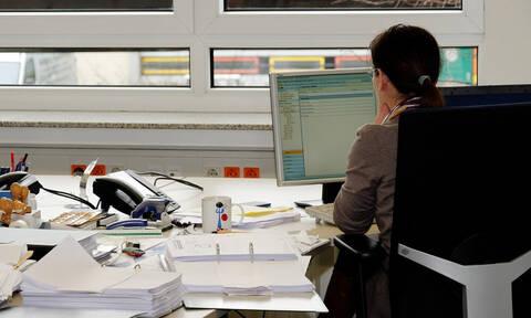 Θέλετε μόνιμη θέση στο Δημόσιο; Δείτε ΕΔΩ τις 27.000 προσλήψεις του ΟΑΕΔ - Πότε και πώς θα γίνουν;