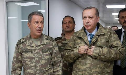 Anadolu: Ο Ακάρ προσκαλεί τον Αποστολάκη να επισκεφτεί την Τουρκία