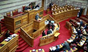 Πρώτη ήττα της κυβέρνησης στο νομοσχέδιο για το ΑΣΕΠ - Σε πανικό ο ΣΥΡΙΖΑ ζητά ονομαστική ψηφοφορία