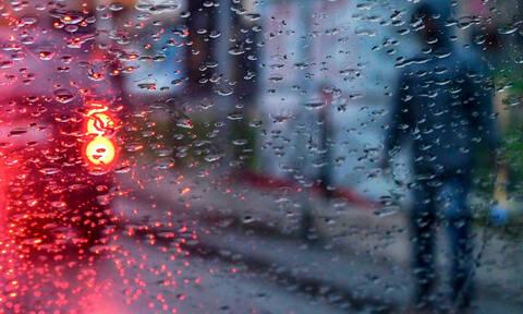 Καιρός: Κίνδυνος να «πνιγεί» η Ελλάδα τις επόμενες ώρες - Έρχονται ισχυρές καταιγίδες