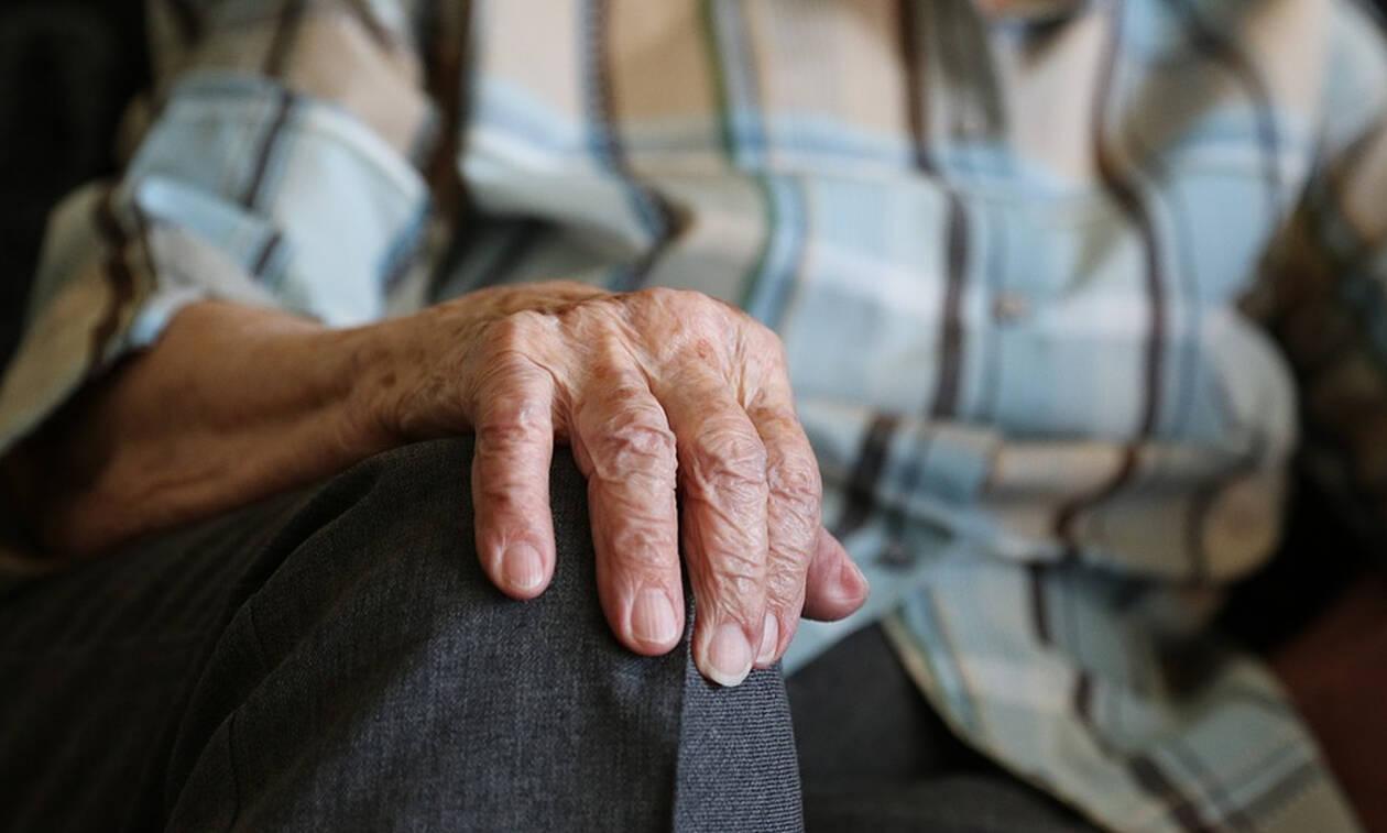 Όρια ηλικίας συνταξιοδότησης: Όλες οι αλλαγές - Ποιοι «βγαίνουν» πριν τα 60