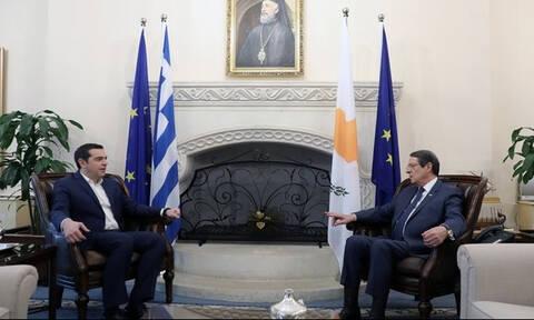 Анастасиадис поздравил Ципраса с успешным завершением ратификации Преспанского соглашения