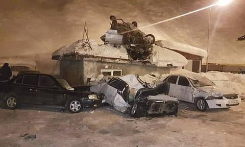 Σοκαριστικό δυστύχημα: Αυτοκίνητο «απογειώθηκε» σε ύψος 5 μέτρων (vid)
