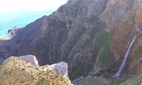Αμπάς: Ο καταρράκτης της Κρήτης που προκαλεί δέος (vid)