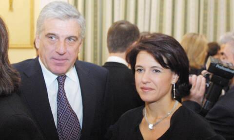 Σκάνδαλο εξοπλιστικών: Να βγει από τη φυλακή ζητά η σύζυγος του Παπαντωνίου, Σταυρούλα Κουράκου
