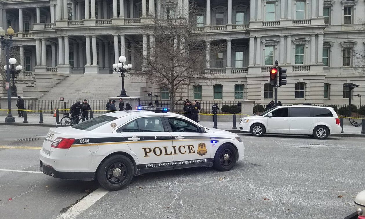 Πανικός: Άνδρας έπεσε στις ρόδες της αυτοκινητοπομπής του Τραμπ - Δύο τραυματίες (Pics)