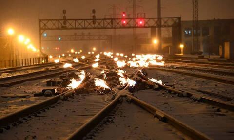 Στο Σικάγο βάζουν φωτιά στις ράγες των τρένων: Και υπάρχει εξήγηση για αυτό