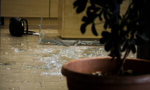 Τρόμος στη Λεωφόρο Μεσογείων: Με ούζι εισέβαλαν οι ληστές στο κοσμηματοπωλείο - Χτύπησαν γυναίκα