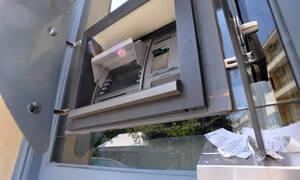 Θεσσαλονίκη: «Παγίδευαν» ΑΤΜ και έβγαζαν λεφτά με κλώνους καρτών
