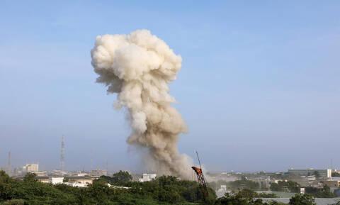 Αεροπορικός βομβαρδισμός των ΗΠΑ στη Σομαλία - Νεκρά 24 μέλη της Σεμπάμπ