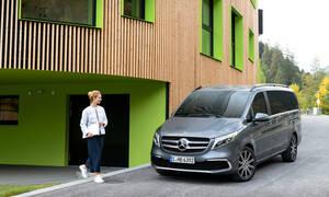 H Mercedes ανανεώνει τη V-Class, το πιο επιτυχημένο πολυτελές πολυμορφικό