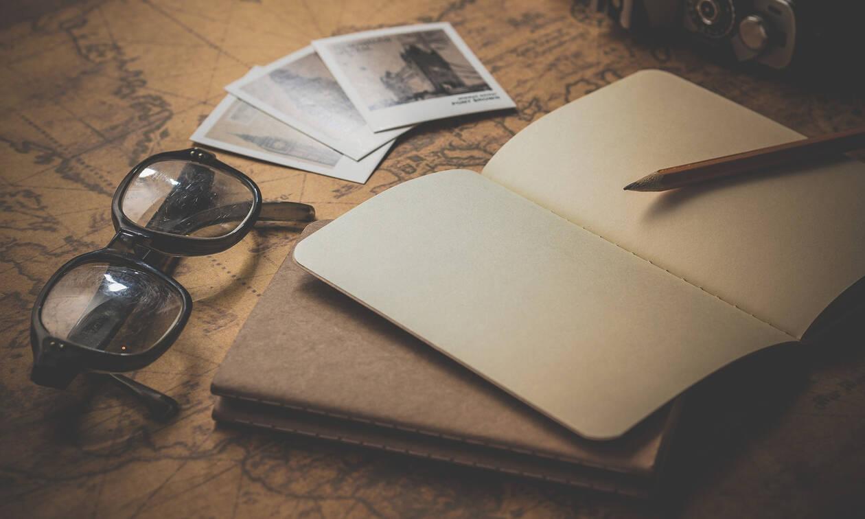 Η αγγελία που έκανε τις influencers να μαλλιοτραβιούνται: Έχεις διαβατήριο; Κάνε κι εσύ αίτηση