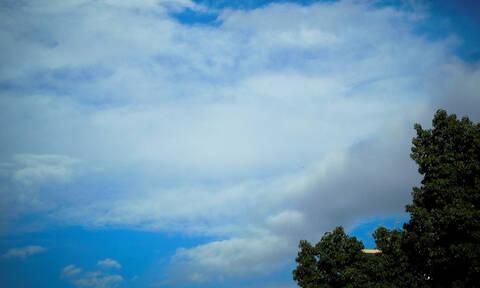 Καιρός: Άνοδος της θερμοκρασίας με... σκόνη το Σαββατοκύριακο – Αναλυτική πρόγνωση