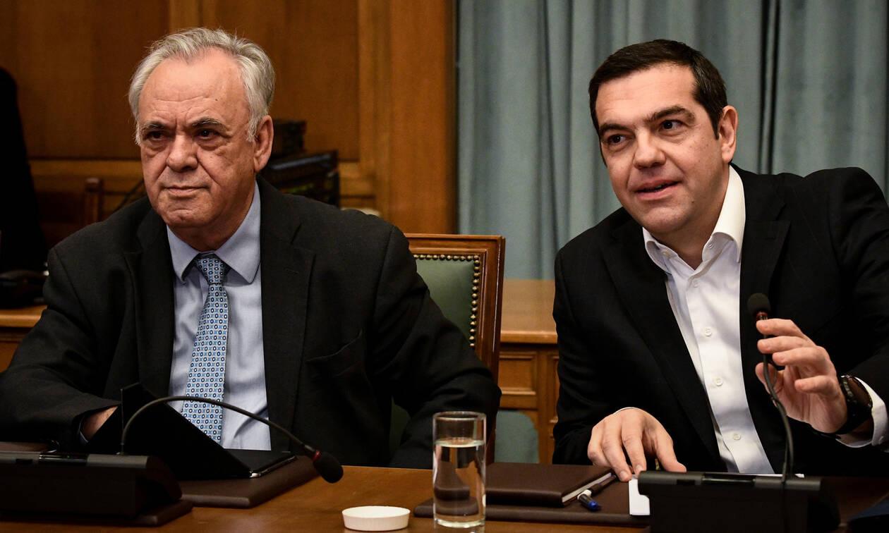 Έξαλλος ο Τσίπρας με Δραγασάκη – Η δήλωση - «βόμβα», οι δικαιολογίες και το μπάχαλο στην κυβέρνηση