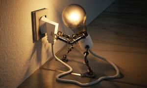 Ηλεκτρικό ρεύμα - Ανατροπή: Τι αλλάζει στο κόστος και τα τιμολόγια – Ποιοι θα δουν μειώσεις