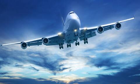 Αυστραλία: Τρόμος στο αεροδρόμιο του Μπρίσμπεϊν - Άνδρας με μαχαίρι απειλούσε για βόμβα (vids)