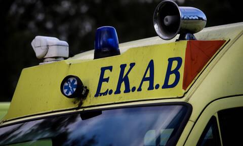 Σοκαριστικό τροχαίο στο Ναύπλιο: Δύο οχήματα «καρφώθηκαν» σε σπίτι (pics & video)