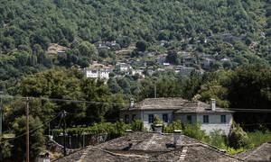 Ταξίδι στα Ζαγοροχώρια: Το Πάπιγκο που ξελογιάζει τους επισκέπτες και το πανέμορφο Φαράγγι του Βίκου