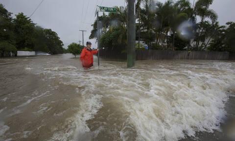Αυστραλία: Μία φορά στα 100 χρόνια τέτοια θεομηνία - Οι πλημμύρες έβγαλαν κροκόδειλους στους δρόμους