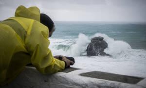 Καιρός: Καταιγίδες από λάσπη θα «πνίξουν» την Ελλάδα - Άνεμοι έως και 9 μποφόρ!