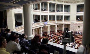 Ραγδαίες εξελίξεις: Στηρίζουν ΣΥΡΙΖΑ οι έξι «πρόθυμοι» ανεξάρτητοι βουλευτές