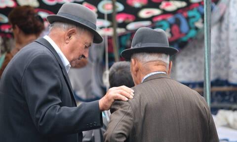 Οδηγός συντάξεων: Δείτε ποια βήματα πρέπει να κάνετε για να συνταξιοδοτηθείτε γρήγορα