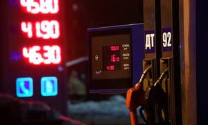 Цены на бензин в России начали снижаться