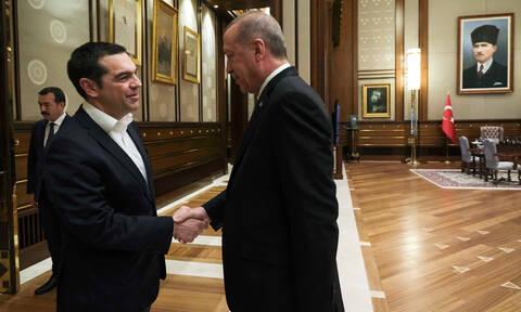 Συνάντηση Τσίπρα – Ερντογάν: Η «γκάφα» του αγχωμένου και άτολμου Έλληνα πρωθυπουργού