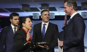 Гречанка Элени Куналаки стала первой в истории Калифорнии женщиной, занявшей пост вице-губернатора