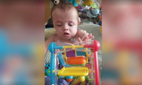 Μωράκι τα κατάφερε! Κέρδισε τη μάχη με τη ζωή μετά από 545 ημέρες νοσηλείας  ( 71b3da77f49